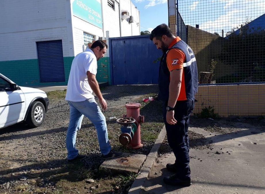 Defesa Civil fiscaliza hidrantes em Criciúma