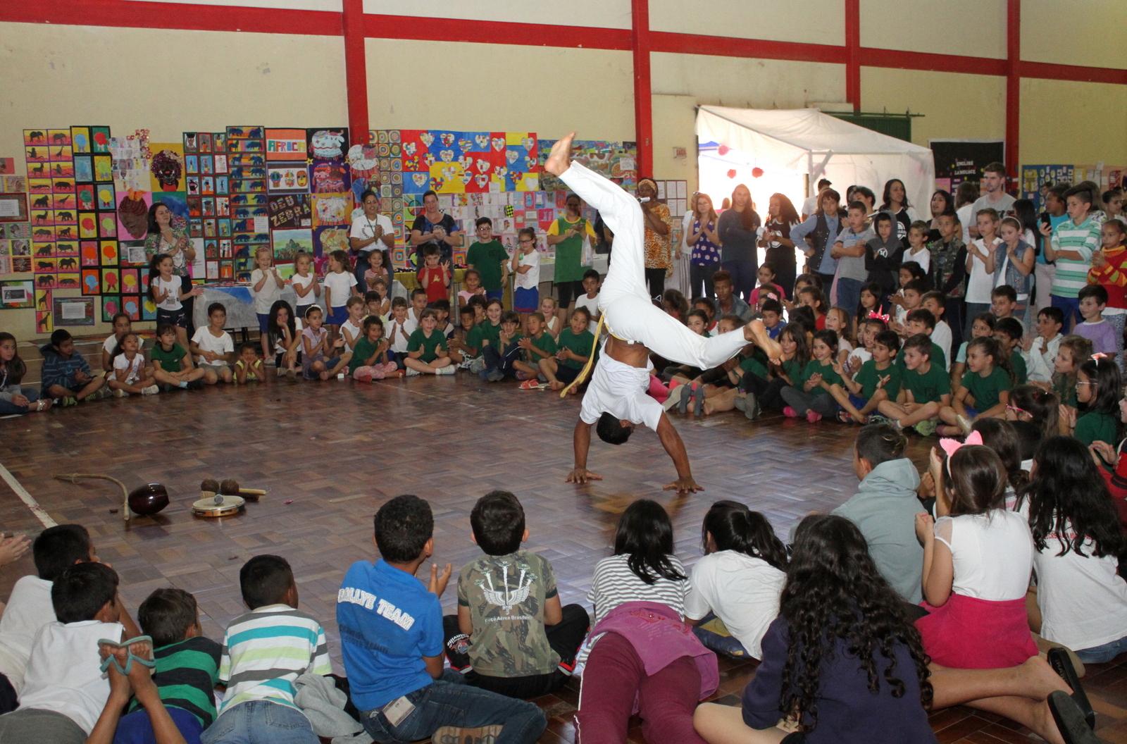 Escola Municipal Vilson Lalau realiza 1ª Mostra Cultural e Científica