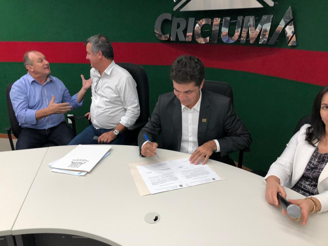 Parque Centenário: assinada autorização para primeira etapa da revitalização