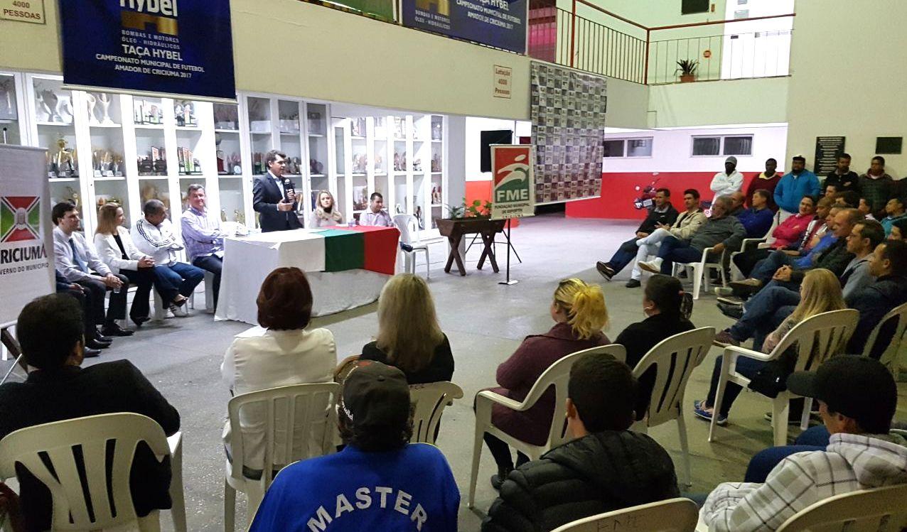 Prefeitura de Criciúma, Larm e Hybel assinam convênio para realização do Campeonato Municipal de Futebol