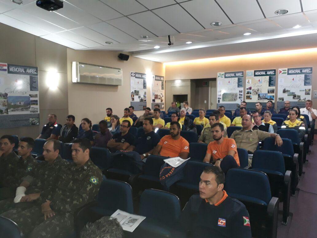 Fiscalização integrada realiza operação em estabelecimentos no centro de Criciúma