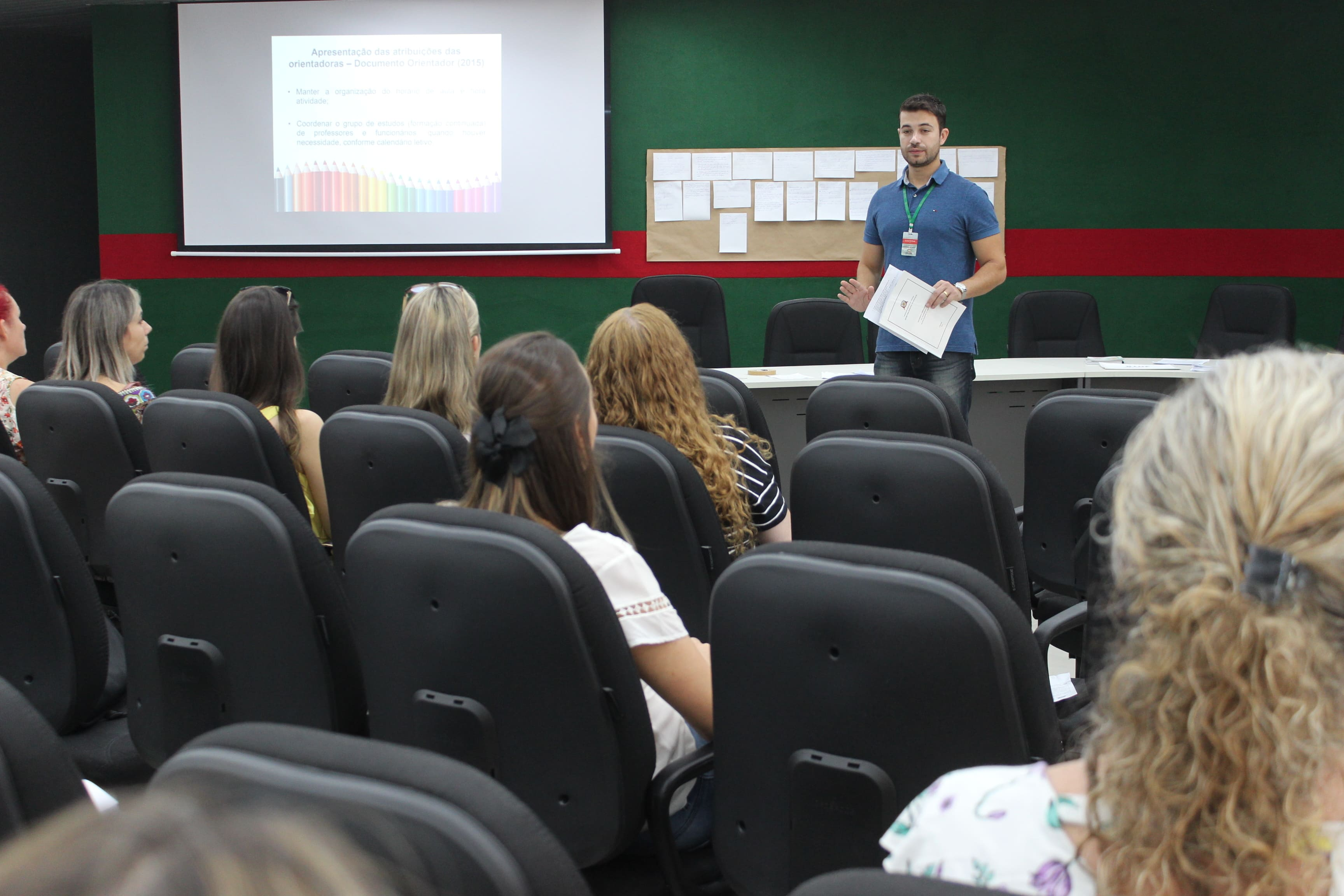 Prefeitura Municipal de Criciúma - Secretaria de Educação de Criciúma promove capacitação para orientadoras pedagógicas