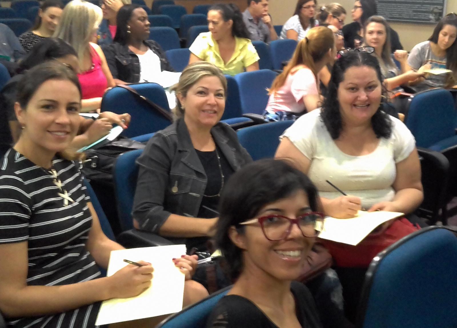 Professores municipais são capacitados para uso de recursos lúdicos em salas de aula