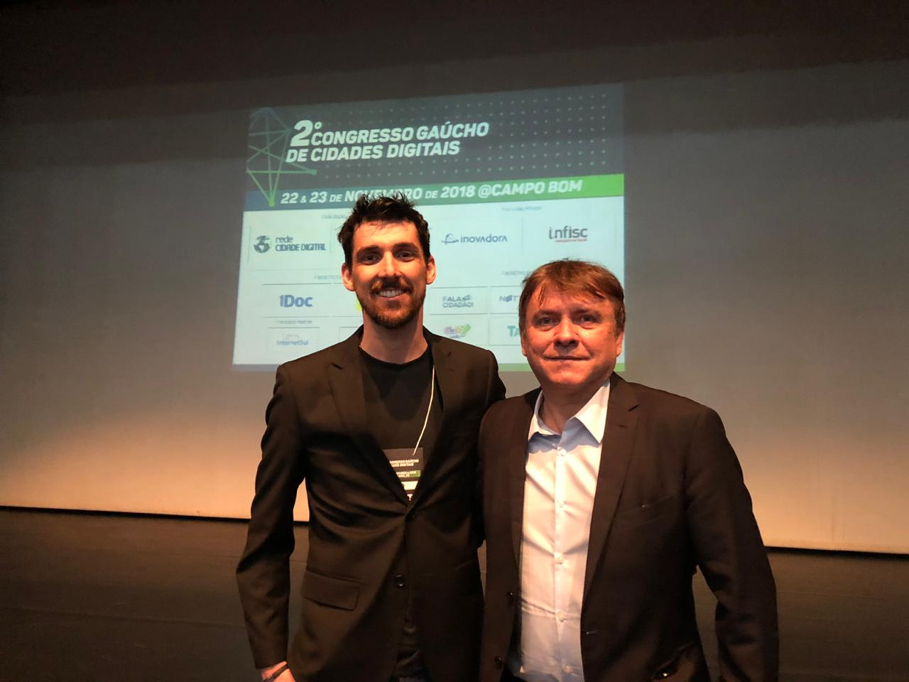 Diretoria de TI apresenta case de sucesso na Educação do município em fórum internacional