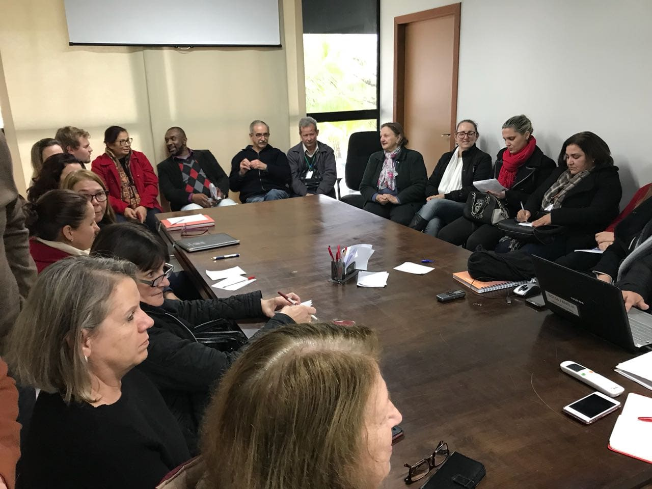 Conselho Municipal de Direitos do Idoso empossa novos conselheiros