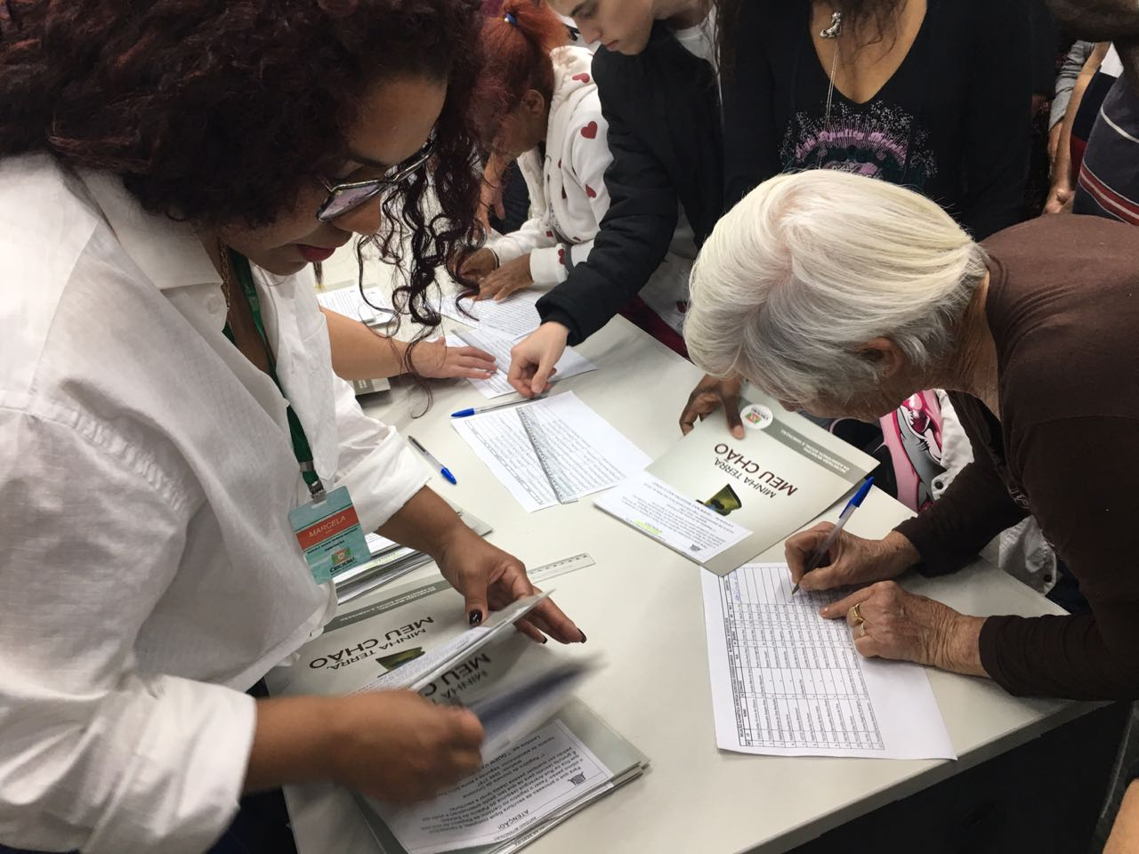 Prefeitura entrega escrituras de 80 imóveis nesta segunda-feira