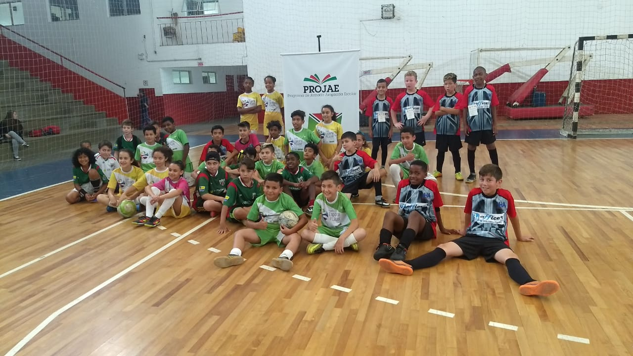 Prefeitura Municipal de Criciúma - Jemec: primeiros medalhistas são do futsal