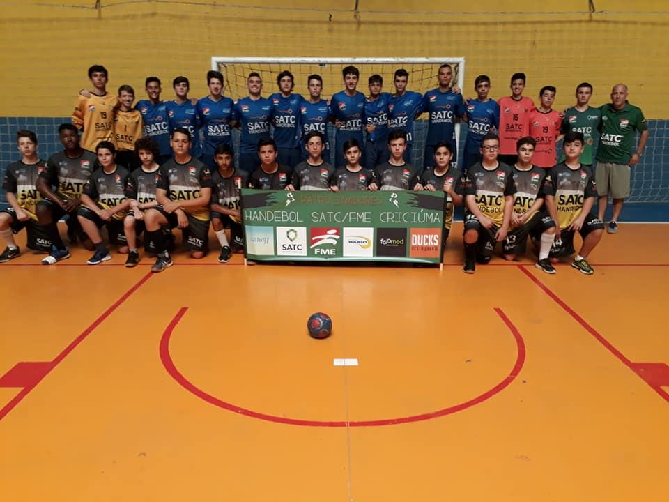 Prefeitura Municipal de Criciúma - Criciúma é campeã da Copa Murialdo de Handebol