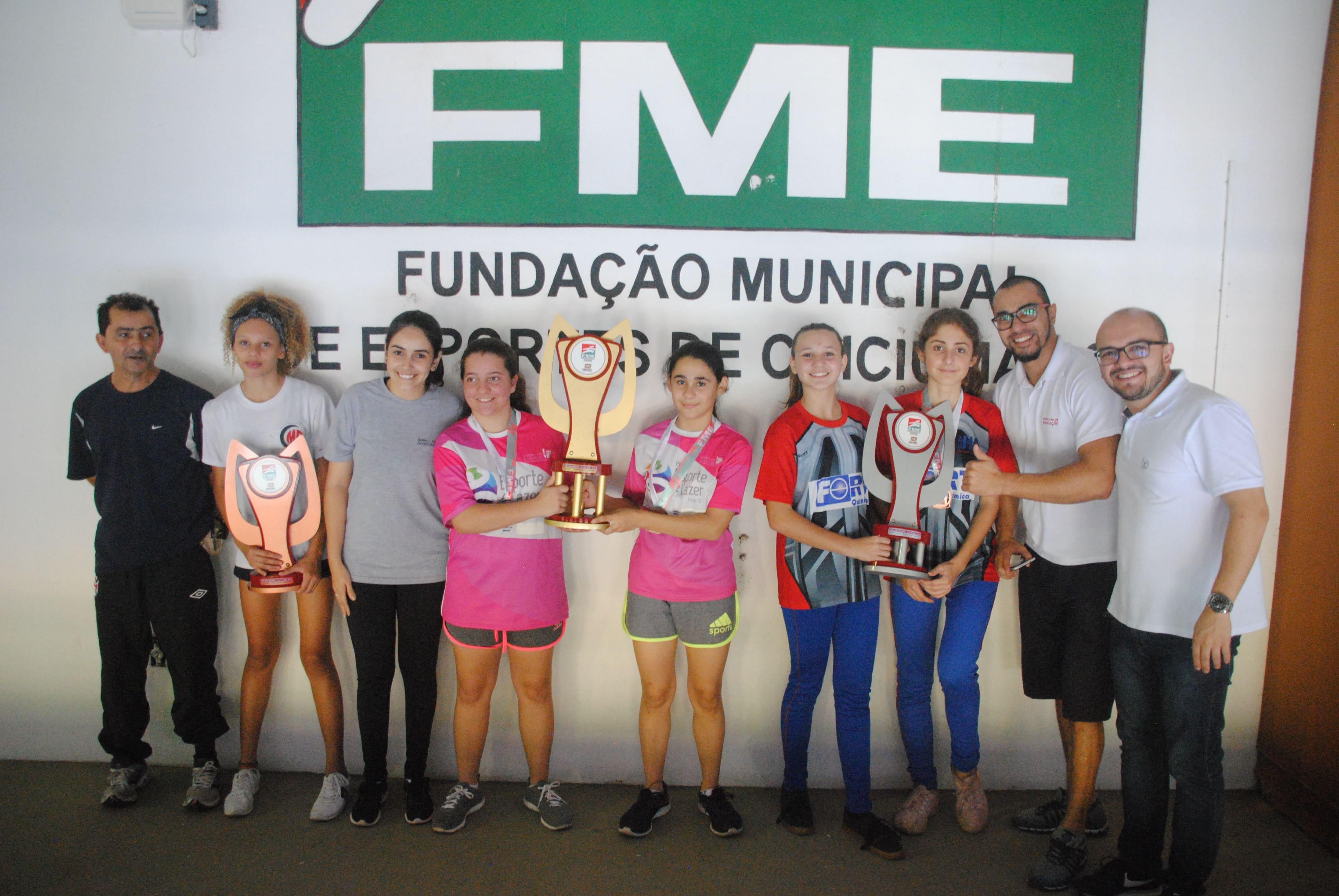 Jesc: tênis de mesa feminino define representantes no microrregional
