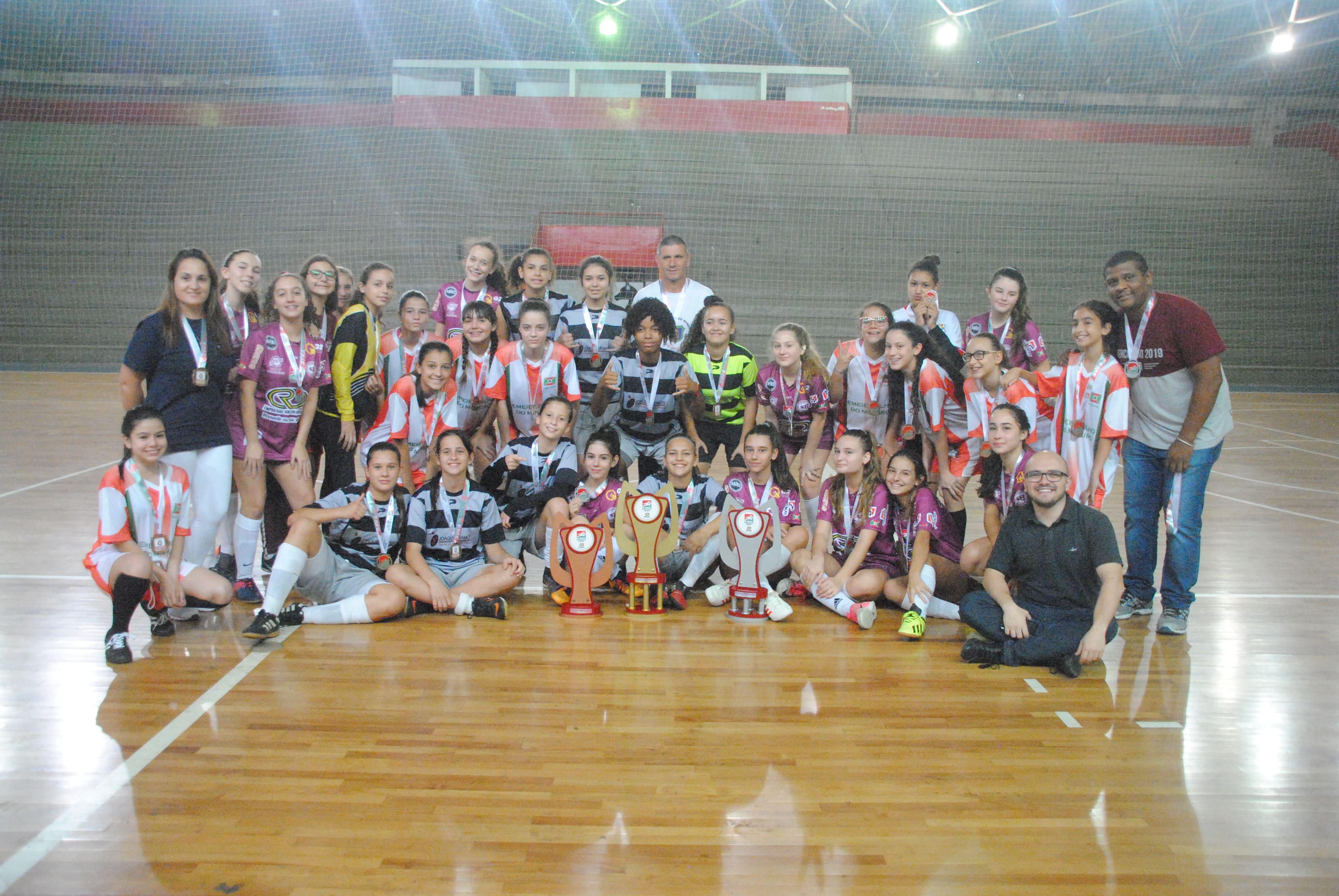 Jesc: Joaquim Ramos conquista o título do futsal feminino