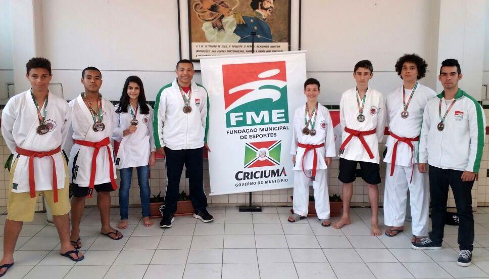 Karatê de Criciúma conquista seis medalhas na 17ª Olesc