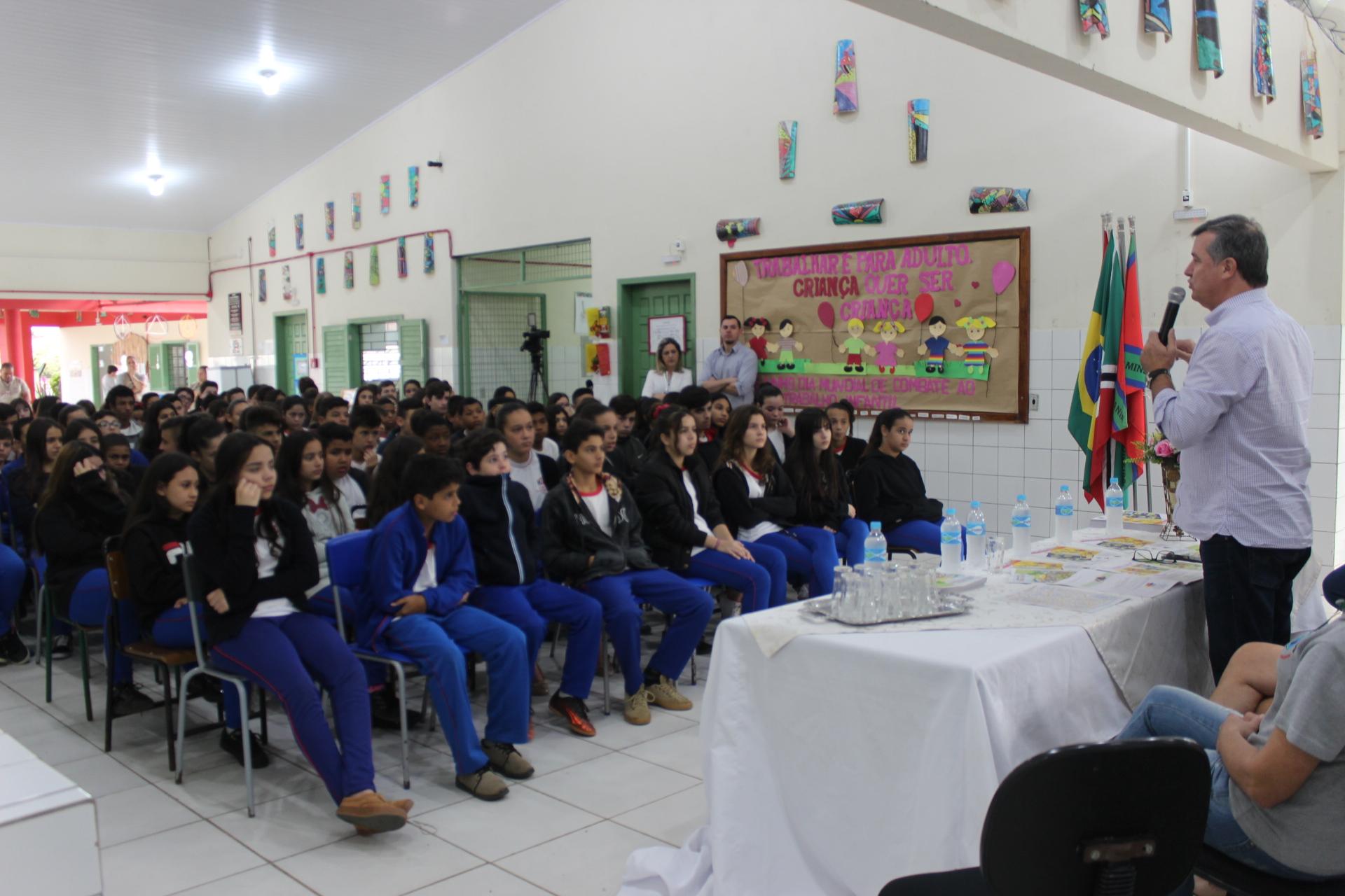 Secretaria Municipal da Assistência Social autoriza pedágio beneficente em Criciúma