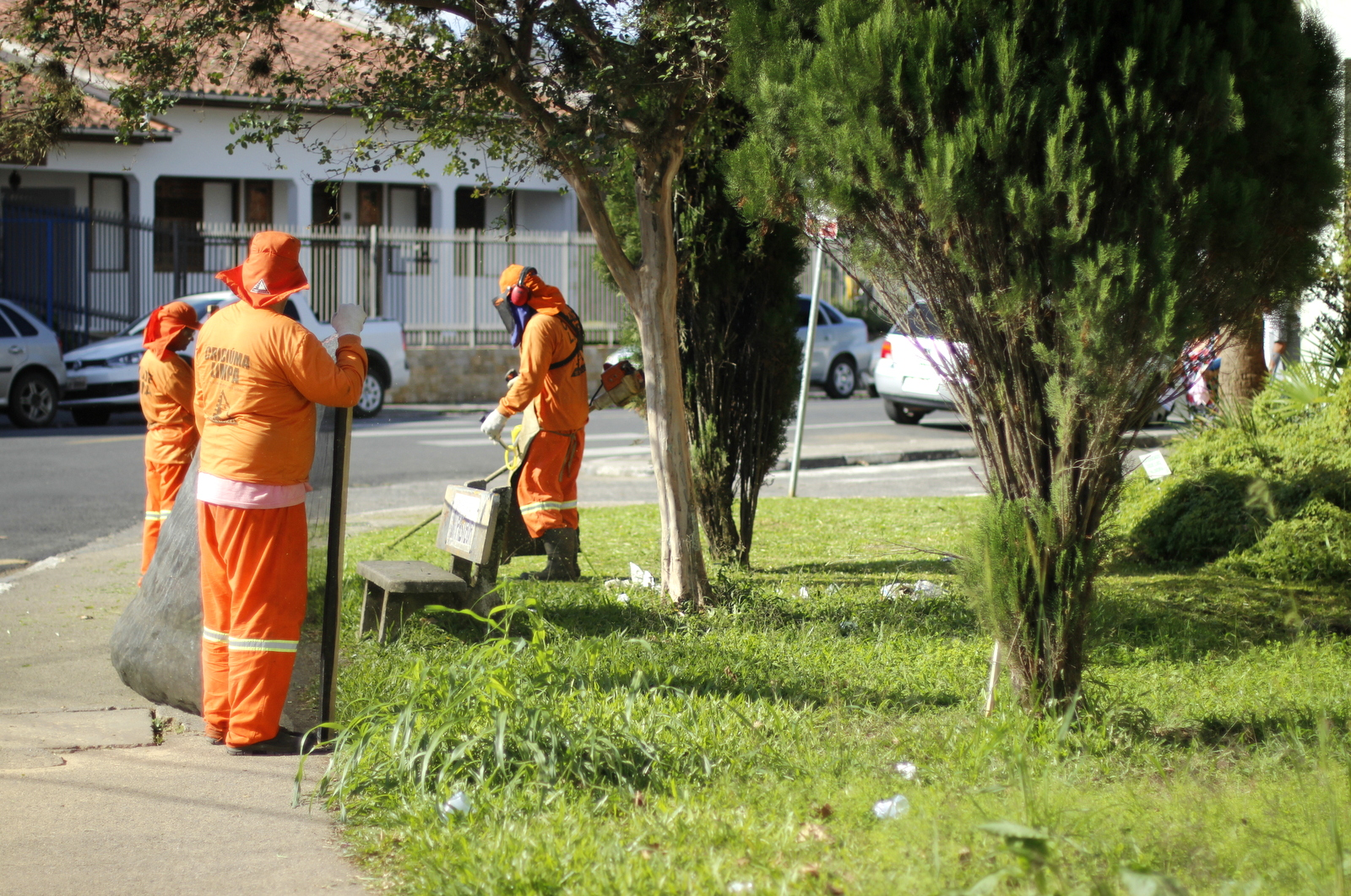 Prefeitura de Criciúma promove limpeza de logradouros públicos