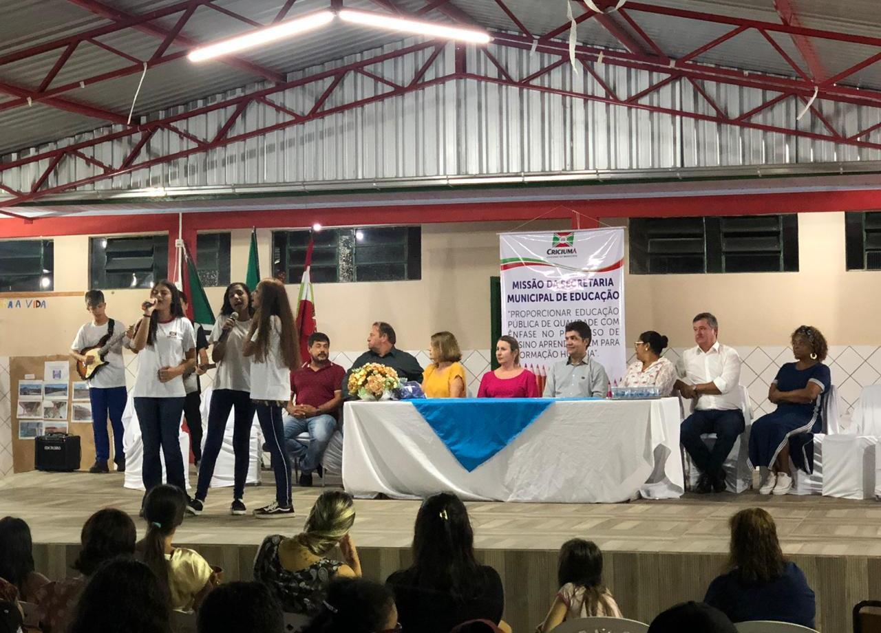 Prefeitura Municipal de Criciúma - Prefeitura de Criciúma inaugura reforma parcial da Escola Municipal Oswaldo Hülse