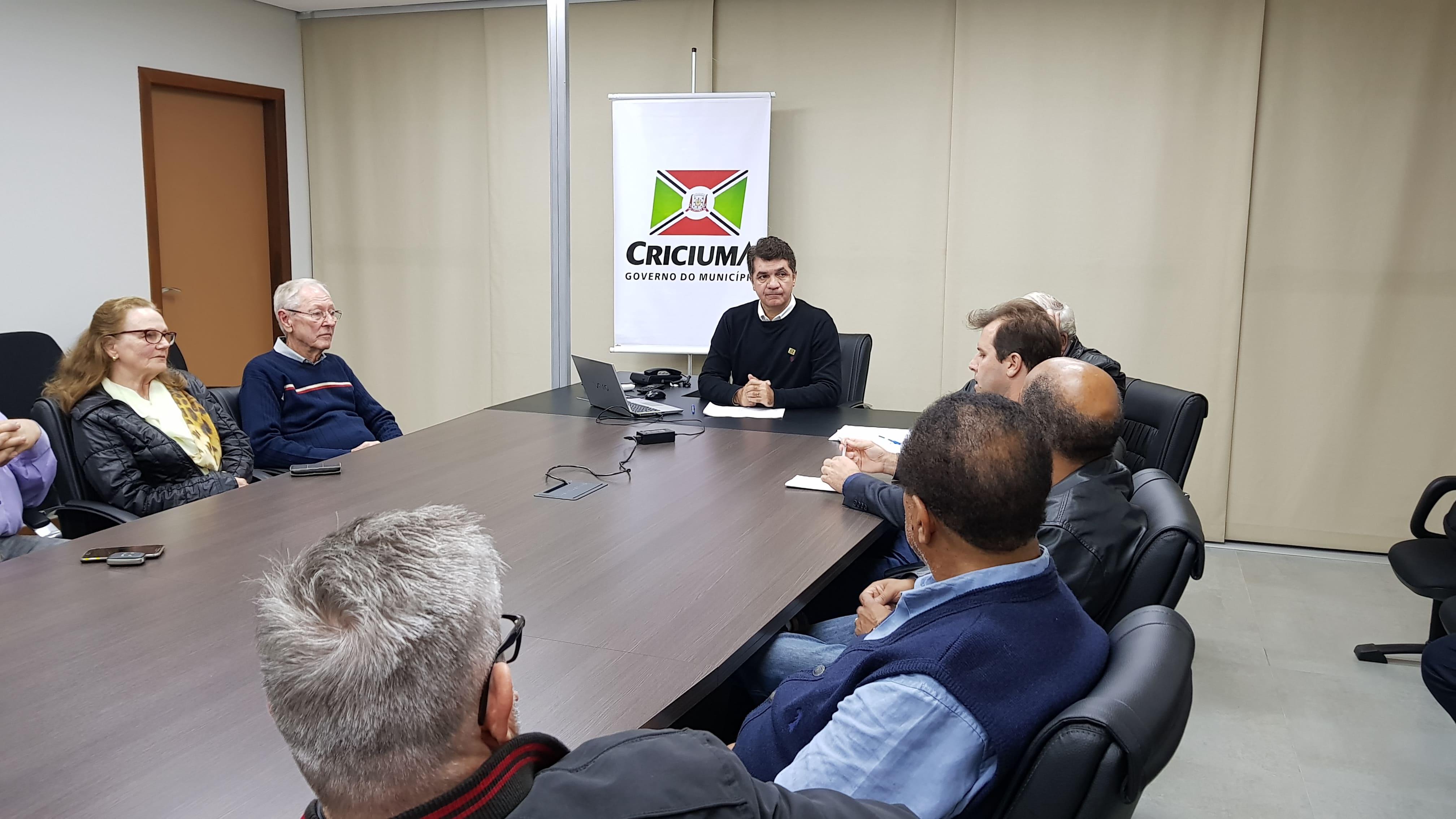 Salvaro recebe produtores e encaminha preparativos da Festa das Etnias