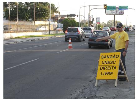 Teste de trânsito melhora fluxo de coletivos no bairro Pinheirinho