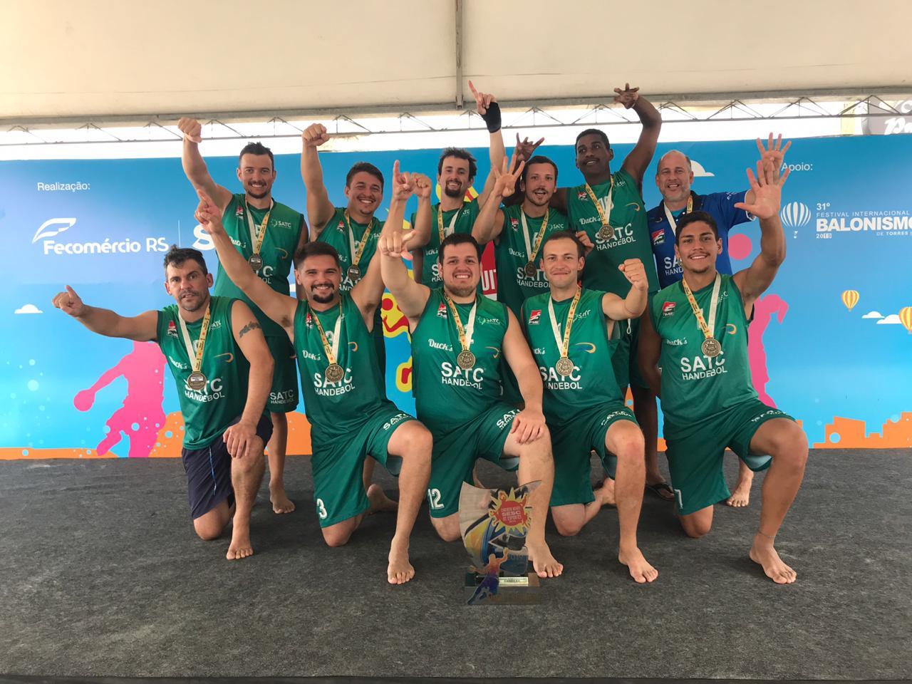 Handebol masculino de Criciúma conquista tetracampeonato do Circuito Sesc