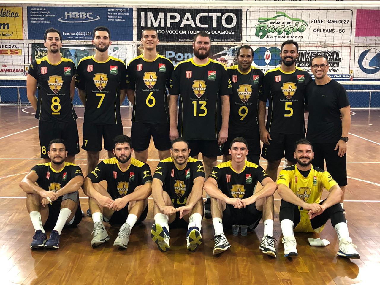Vôlei masculino de Criciúma inicia campeonato com 100% de aproveitamento