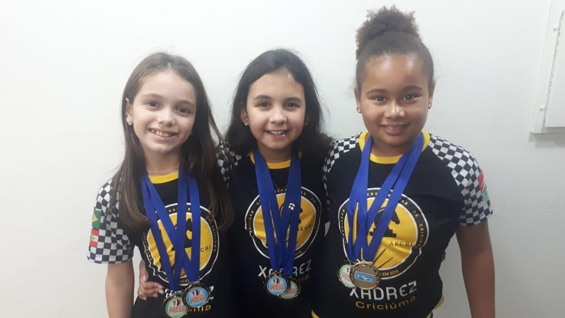 Criciumenses conquistam medalhas em campeonato nacional de xadrez